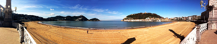 panorámica de San Sebastián playa de la concha